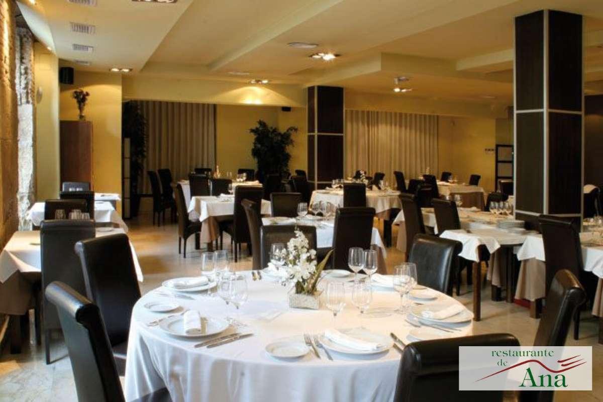 Inrichting van restaurant De Ana in Valencia