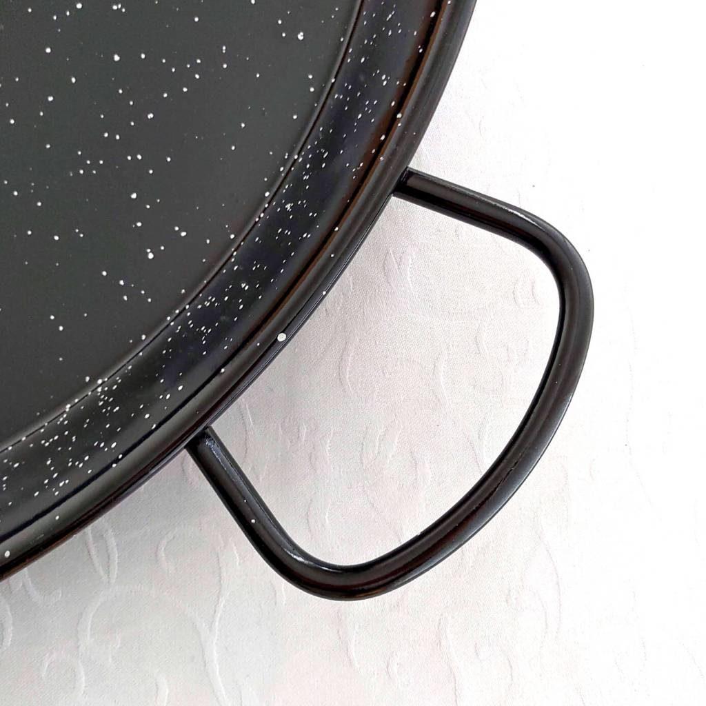 geëmailleerde paella pan