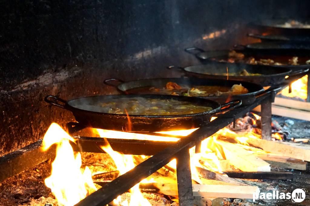Waar kan ik paella eten in Valencia