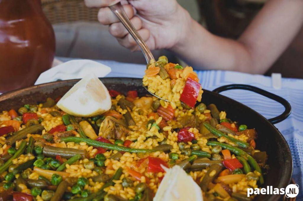 Vegetarische Paella Recept voor 4 personen Uitgelicht