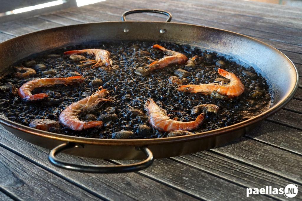 Zwarte Paella Recept voor 8 personen Uitgelicht
