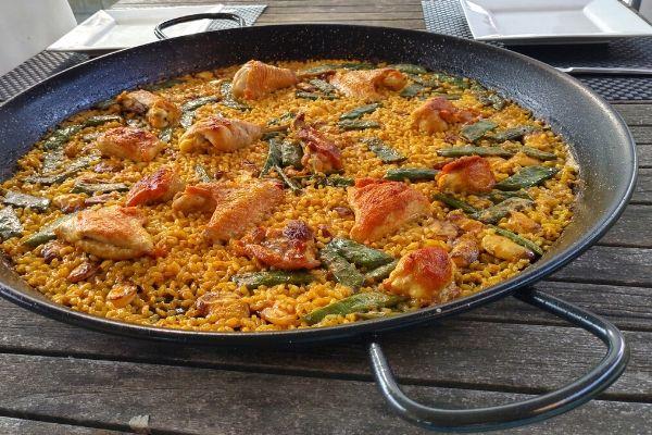 Paella met kip recept 600x400